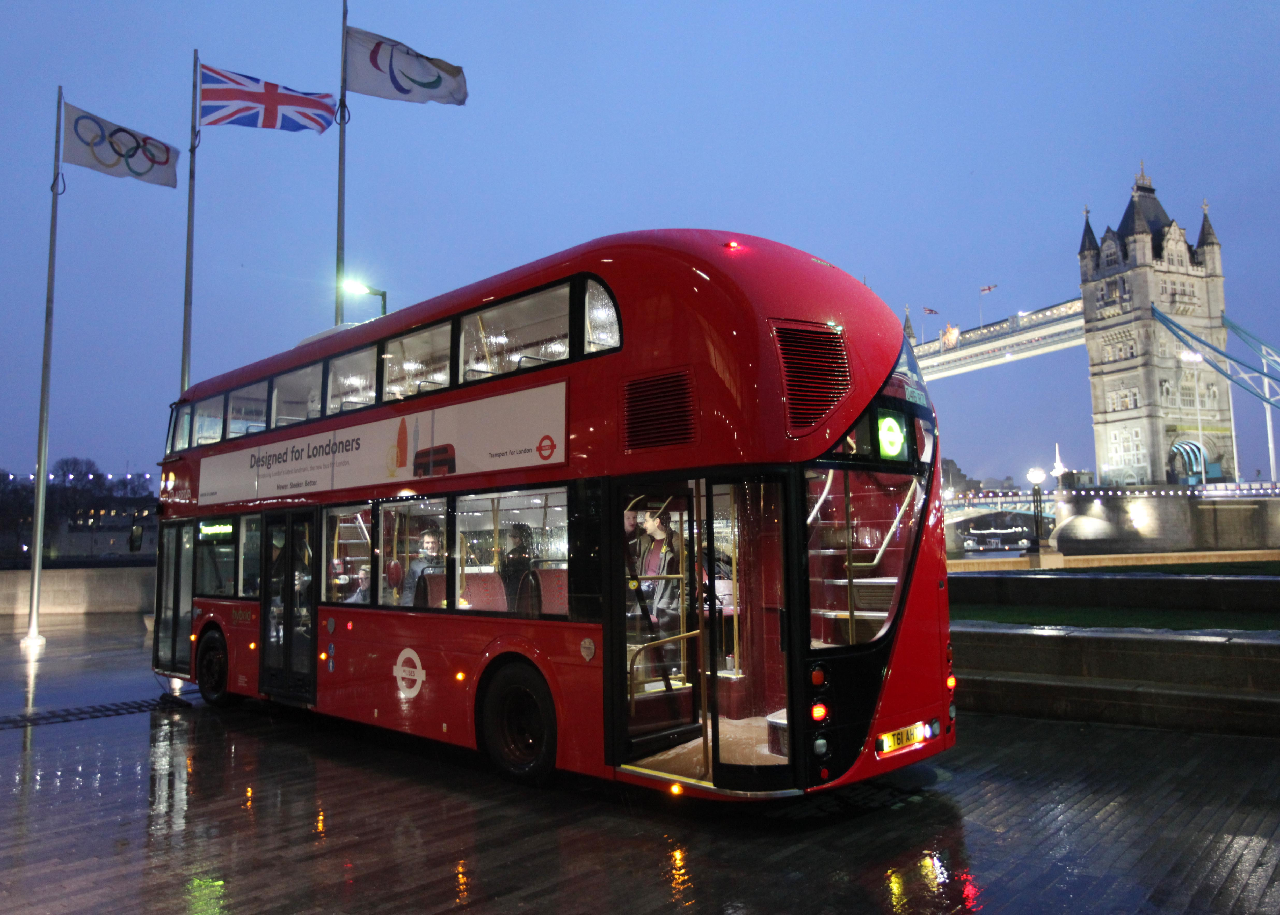 Travel Alert: London Buses No Longer Accepting Cash Fares from This Summer
