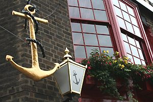 Guest Article: London's Best Historic Pubs by David Long