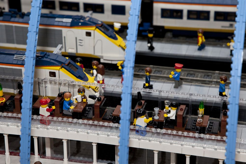 British Man Builds Massive Model of St Pancras International in Lego