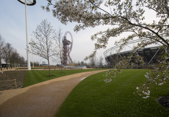 A Guide to London's Newest Tourist Attraction – The Queen Elizabeth Olympic Park Opens to the Public – Olympic Pool, Orbit Tower and More To See!