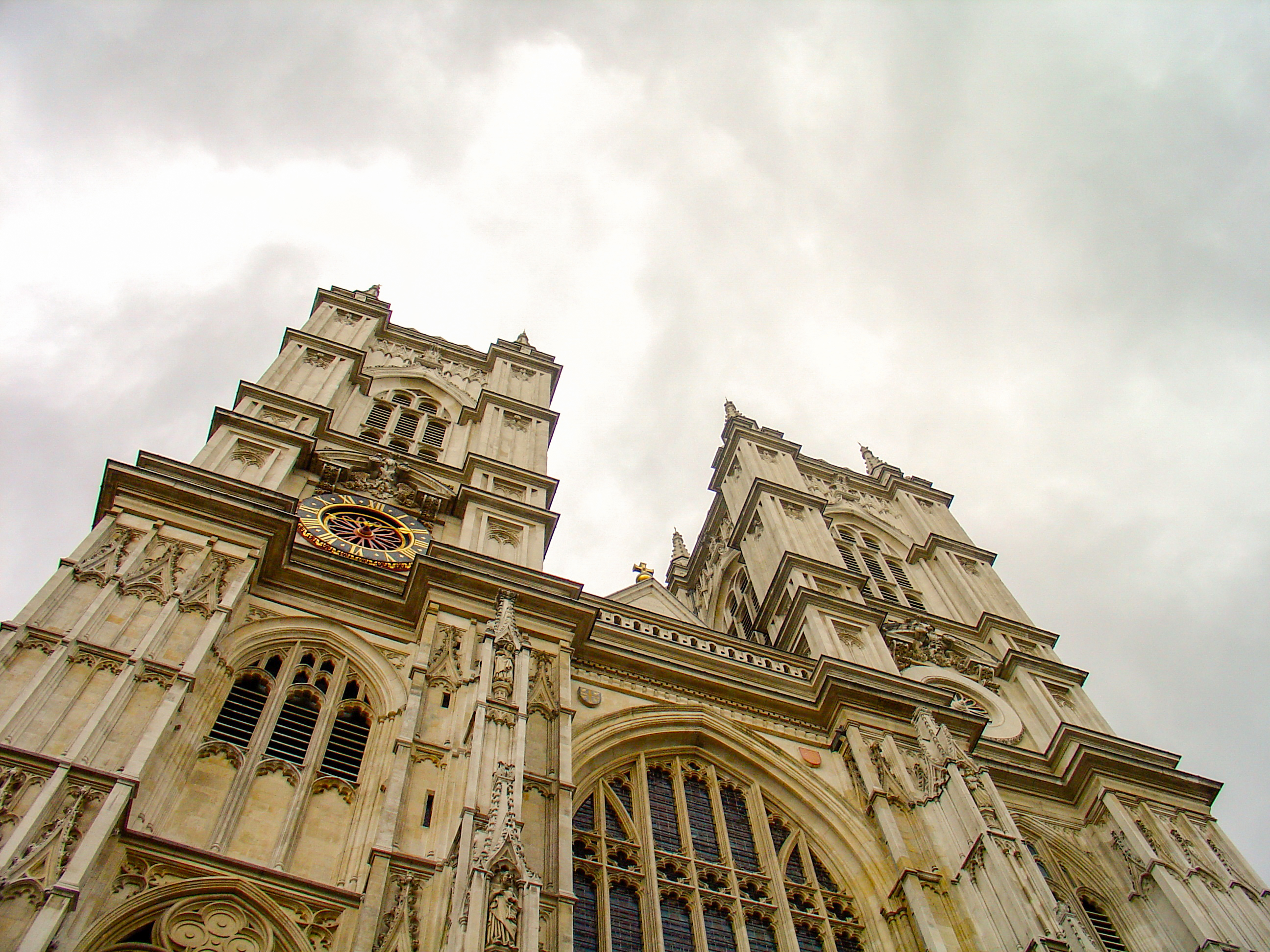 London Icons: 10 Interesting Facts About Westminster Abbey You May Not ...: londontopia.net/site-news/featured/london-icons-10-interesting...