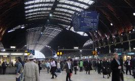 Paddington_Station_rush_hour