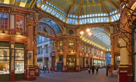 Leadenhall_Market_In_London_-_Feb_2006_rotated