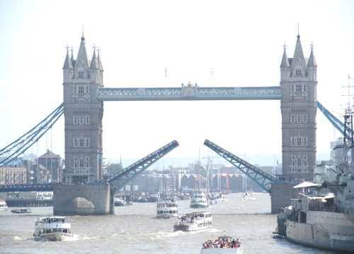 Tower Bridge: three-month road closure planned for late 2016 [12 June 2015]