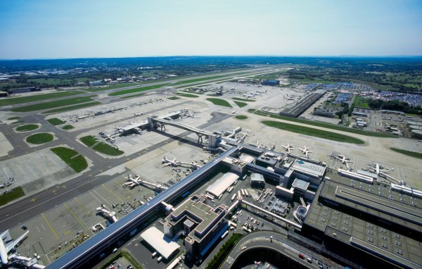 London's Other Airport: 10 Interesting Facts and Figures about Gatwick Airport