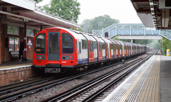Exploring The Tube: Ten Interesting Facts and Figures about the Central Line