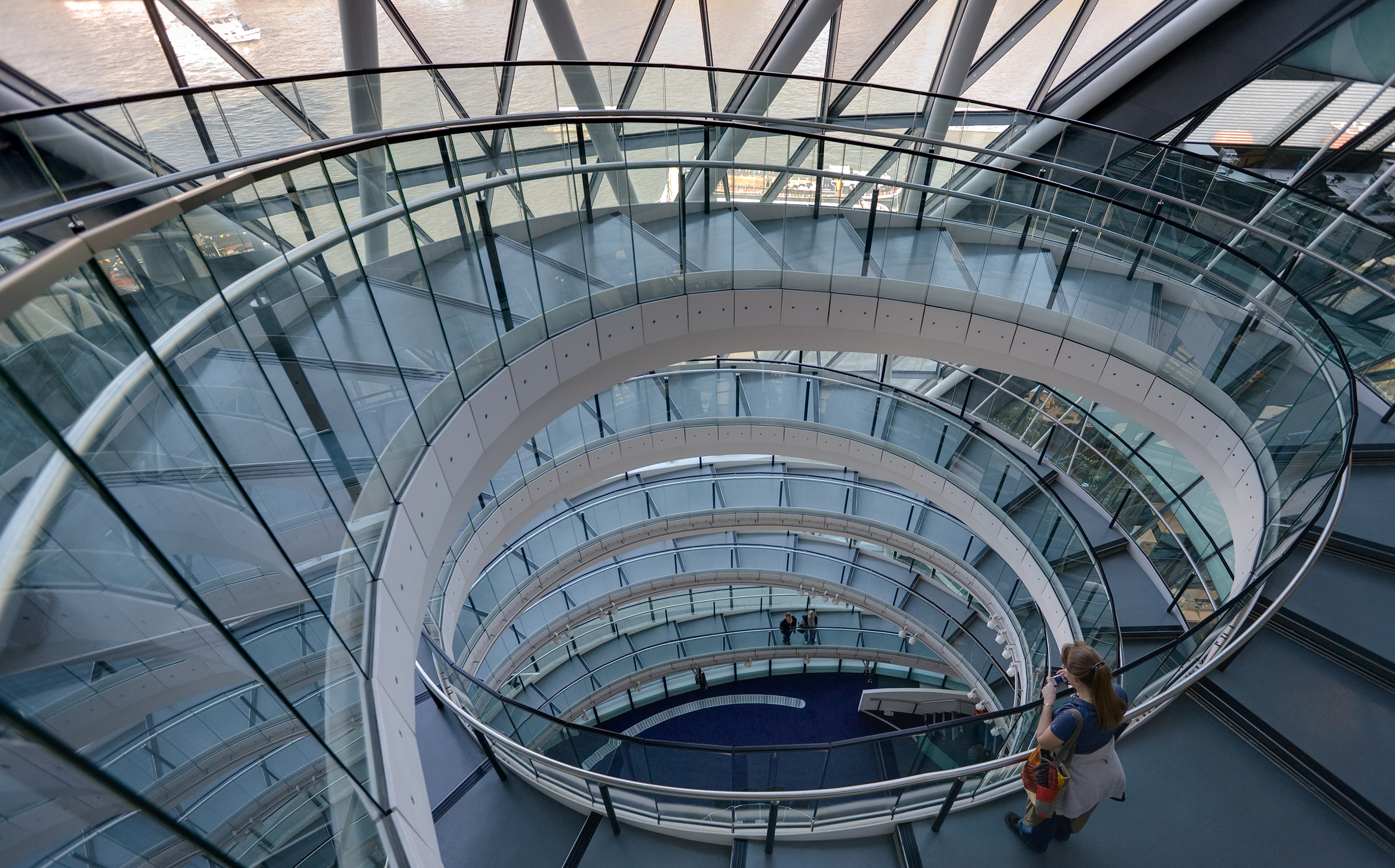 Glass Stair Towers : Ten interesting facts and figures about london s city hall