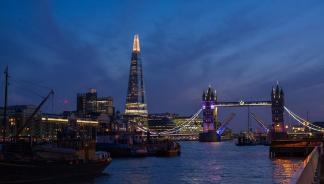 Video: Stunning Timelapse Video of Tower Bridge at Sunset from Hermitage Riverside