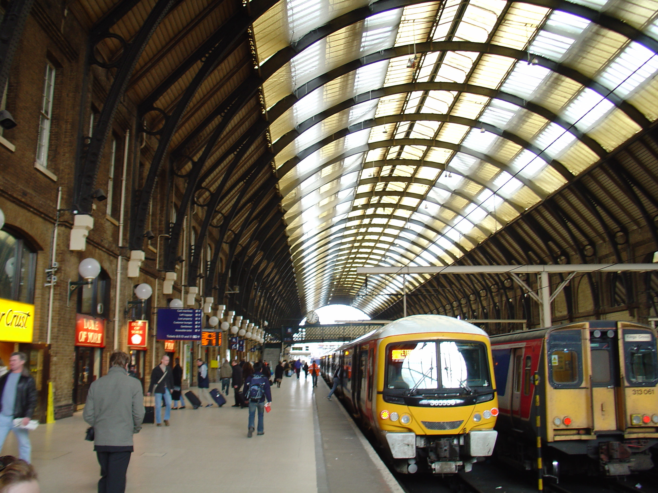 how to get to gatwick from london kings cross