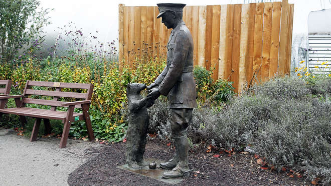 The London Fiver – Five Children's Literature Statues To See