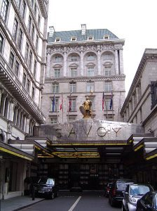 London FAQ's: Why is the Savoy Driveway Reversed?