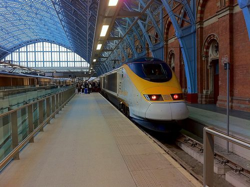 Guest Post: A Brief Guide to the Eurostar – Days out to Paris from London