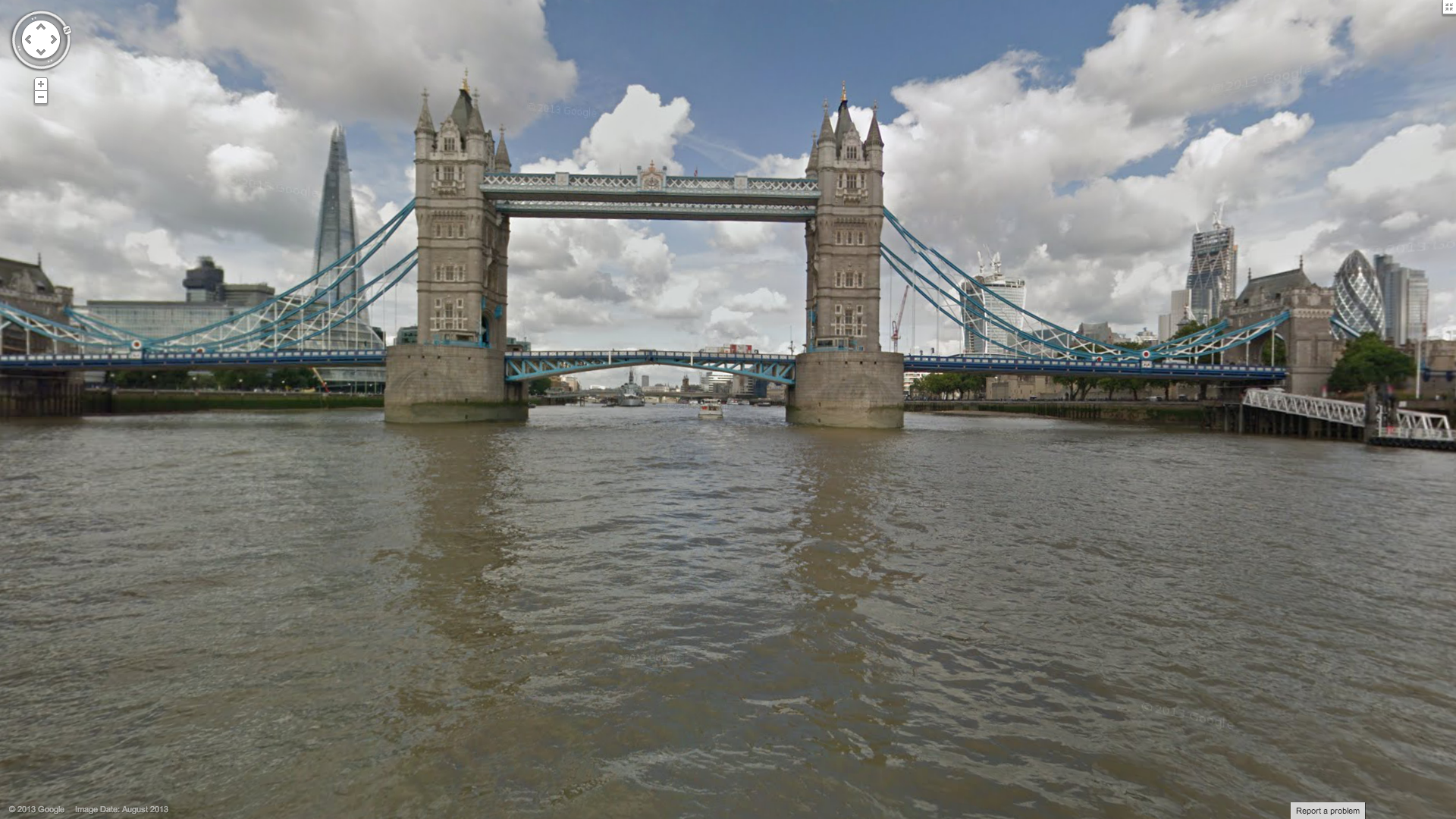 Sail Down the Thames with Google Streetview