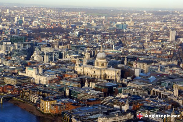 Desktop Wallpaper: London Skyline from the View from the Shard