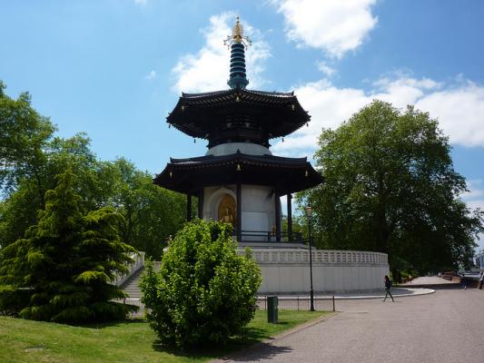 Battersea Park Peace Pagoda by Andrew Bowden
