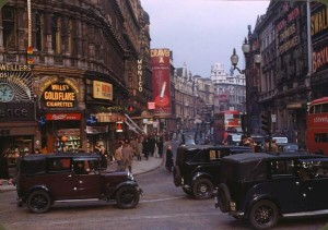 Photo: Shaftesbury Avenue from Piccadilly Circus in 1949