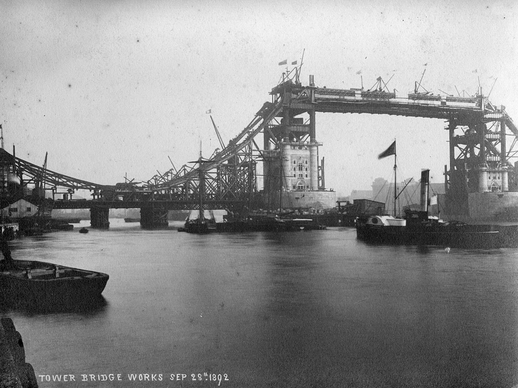 Photo: Check Out This Amazing Photo of London's Tower Bridge Under Construction from 1892
