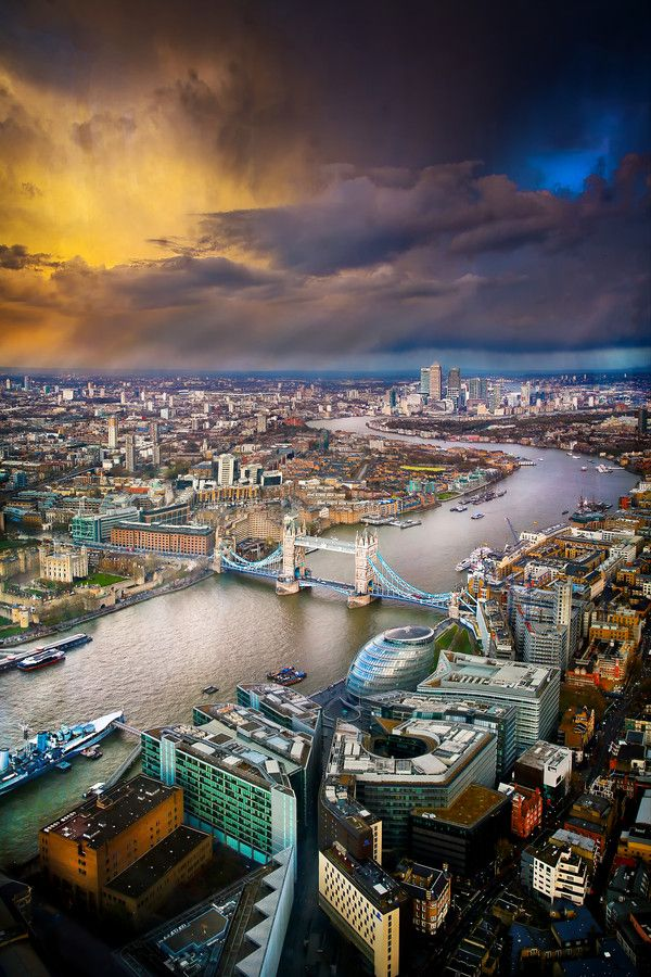Photo: Storm Clouds Over London – Stunning Shot from the View from the Shard