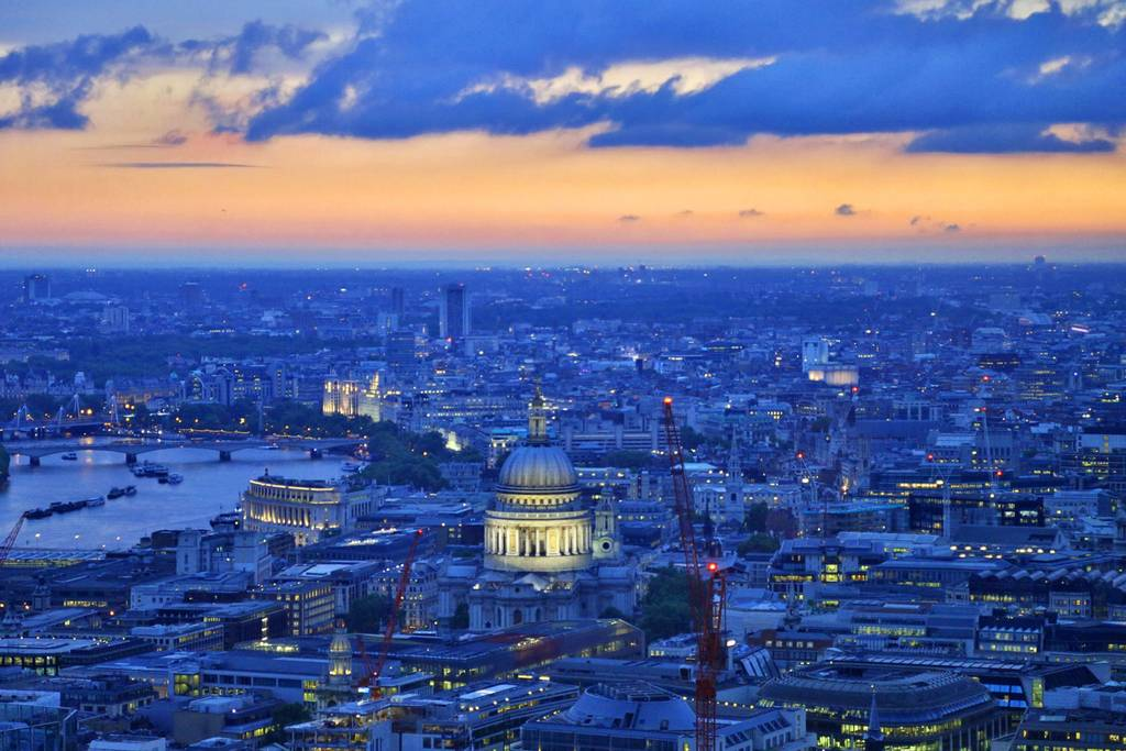 Photos: Check out These Beautiful Photos of London Taken at Dusk