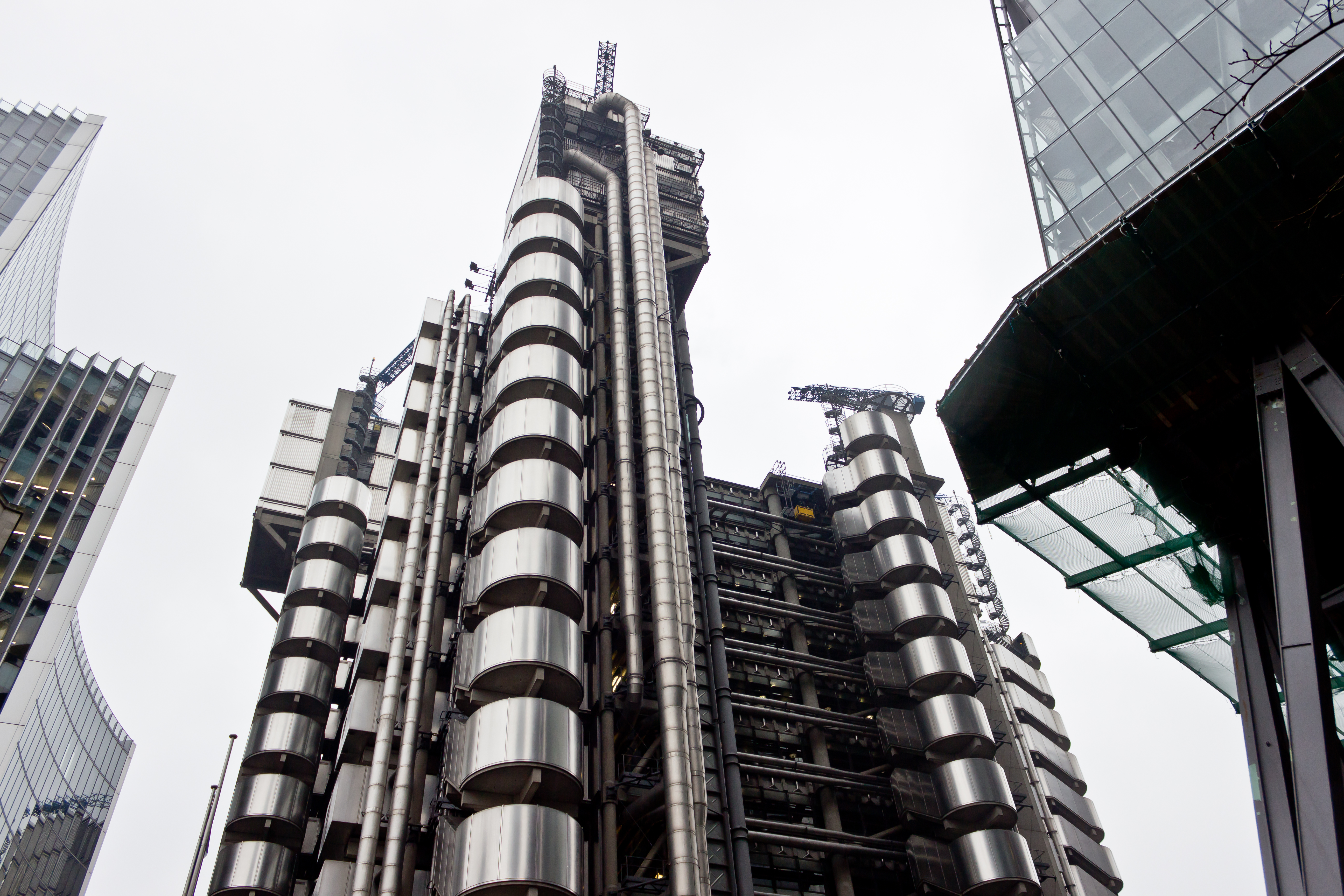 The fiver five of london s strangest buildings londontopia for Top uk architects