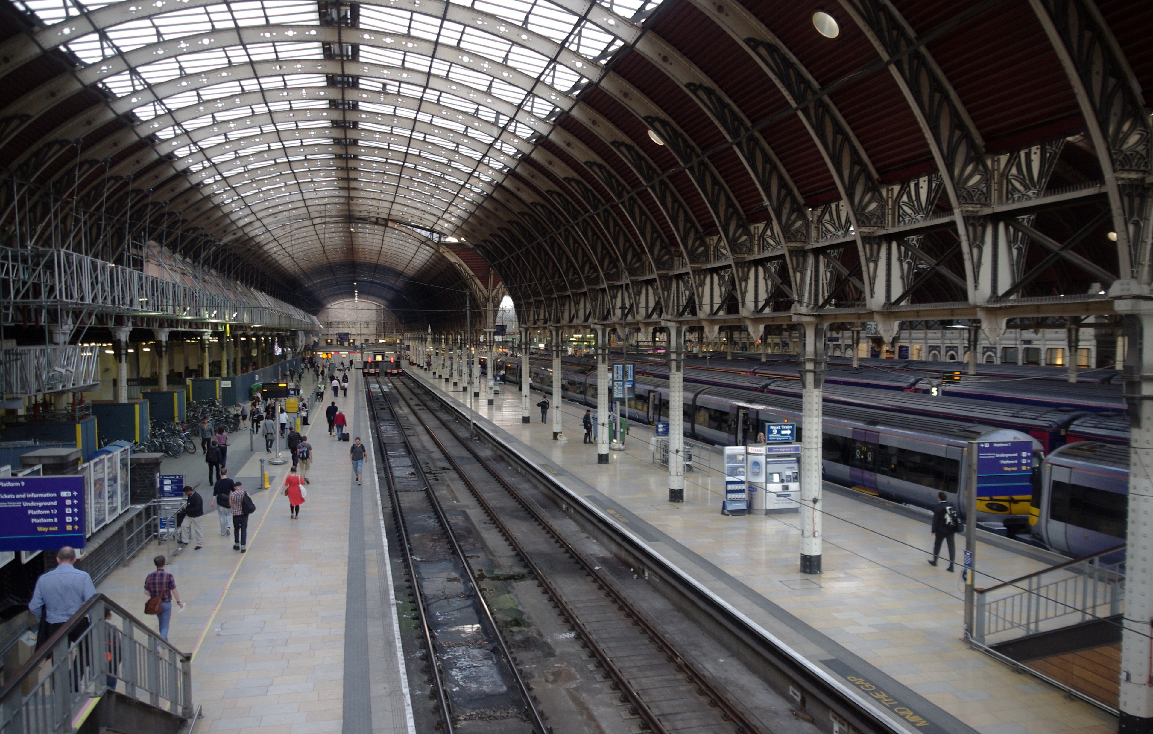 Contact Capital One >> Great London Buildings: Paddington Station - One of the Most Iconic Victorian Train Stations ...