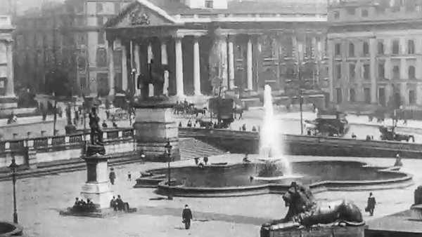 Amazing Rare London Street Scenes from 1910 – Video