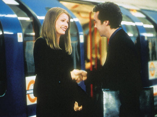 Sliding-Doors-after-helen-and-james-meet-on-train