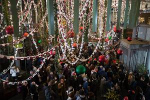 Borough Market Unveils UK's Longest Christmas Paperchain