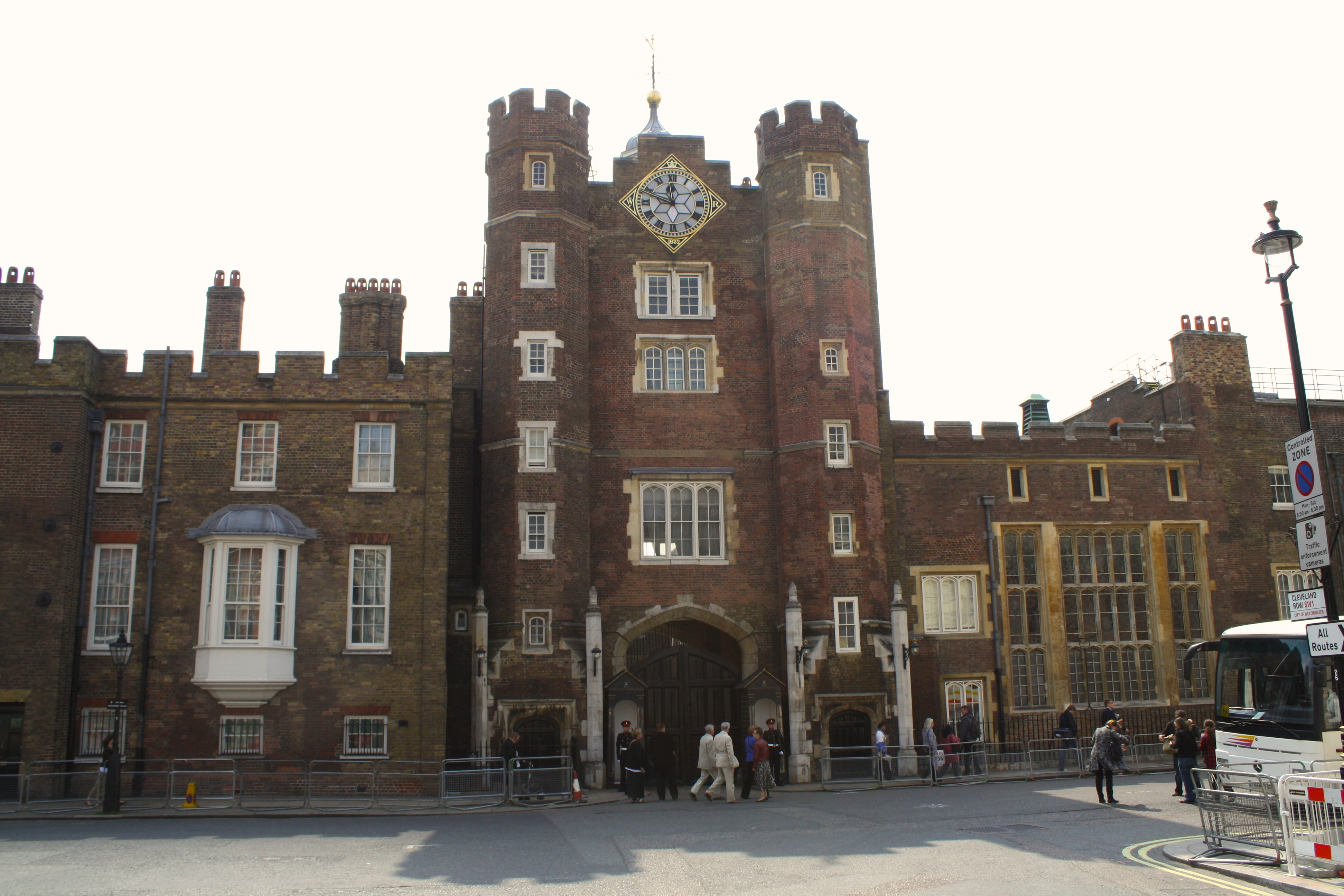 Great London Buildings – The Palace of St. James