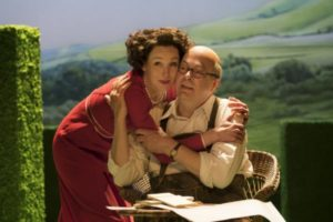 London Theatre Reviews: The Moderate Soprano Starring Nancy Carroll and Roger Allam – Review