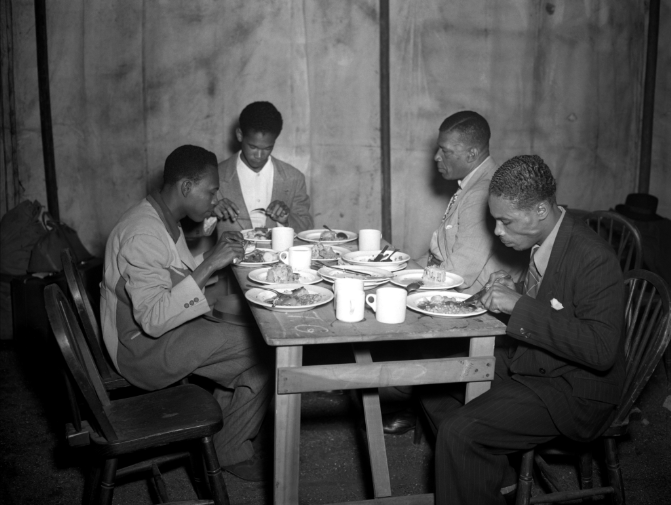 Lunch at Clapham South, 1948. Copyright: TopFoto
