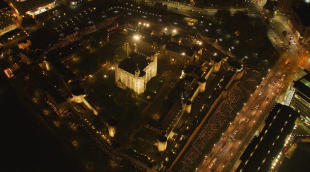 London Alert: Tower of London Lights 10,000 Torches in its Moat in Remembrance of World War I – See it by Sunday!