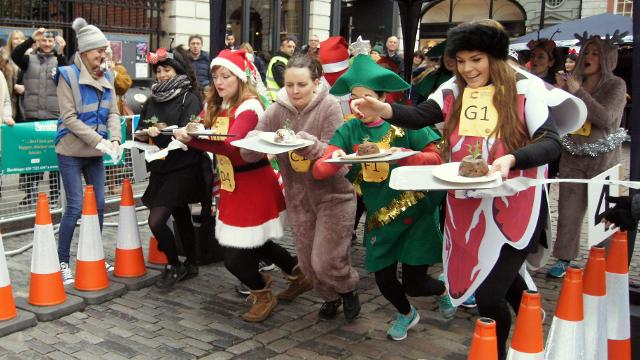 The London Fiver:  Five Unusual Ways to Celebrate Christmas in London
