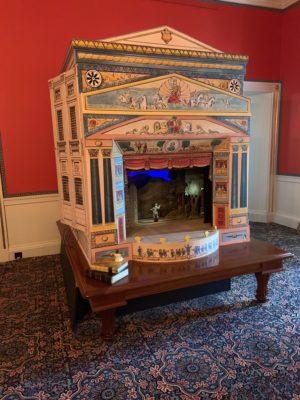 Kensington Palace - animatronic puppet theatre