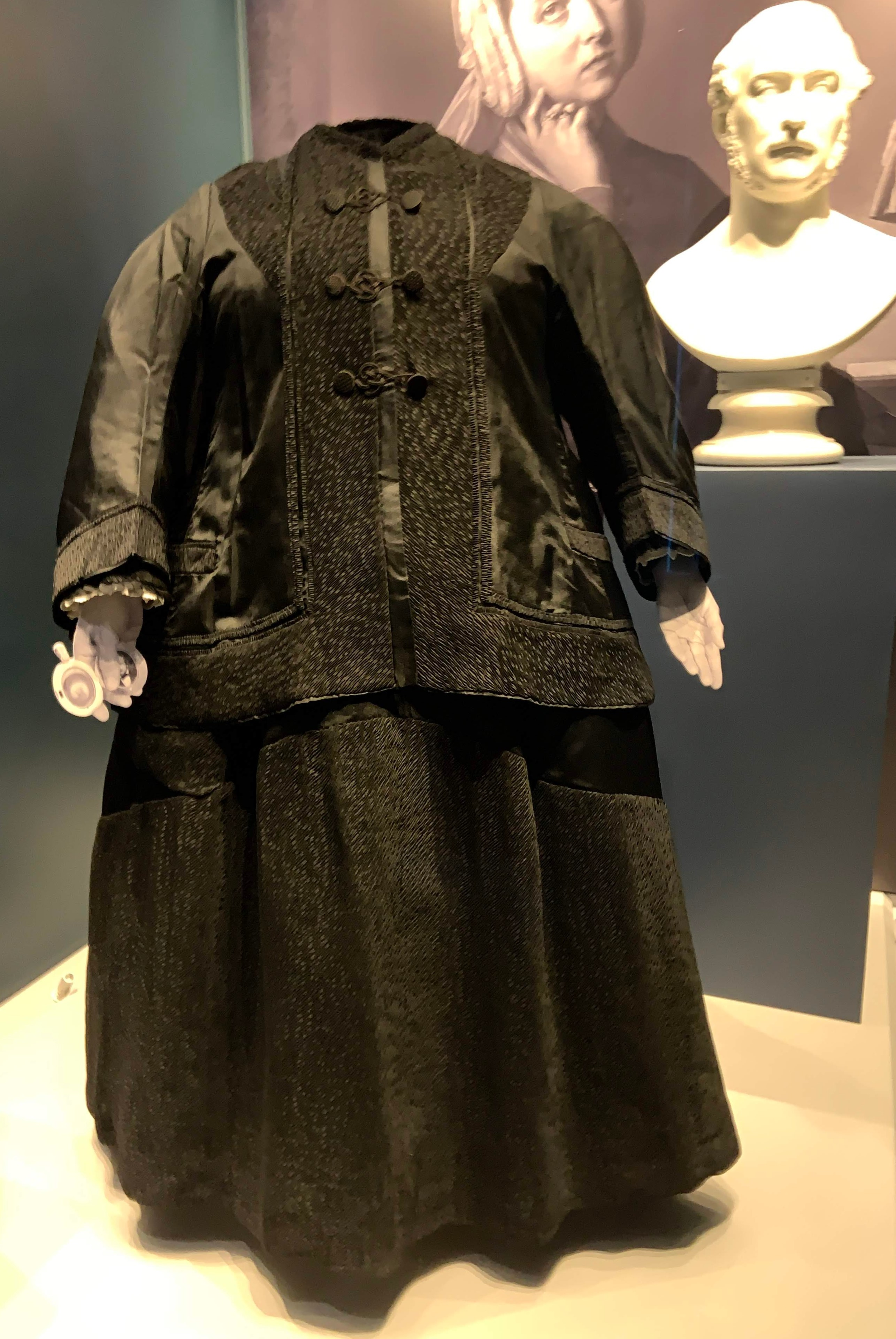 Queen Victoria's day dress and jacket, 1899.